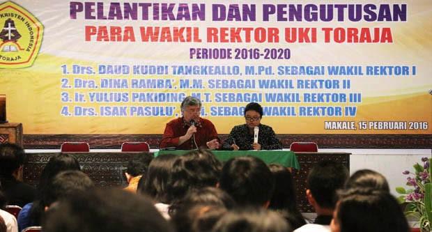 Berita Foto: Kuliah Umum di UKI Toraja